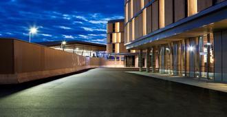 Comfort Hotel Bergen Airport - Bergen - Vista del exterior