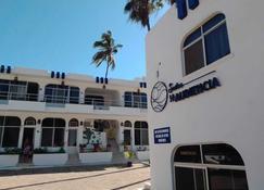 Suites Playa La Audiencia - Manzanillo - Edificio