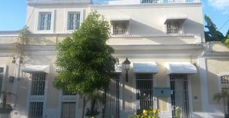 Hotel Portes 9 - Santo Domingo - Edificio