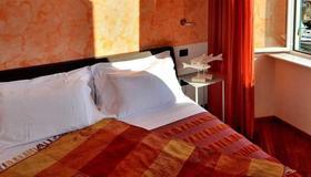 I Tre Merli Locanda - Camogli - Bedroom
