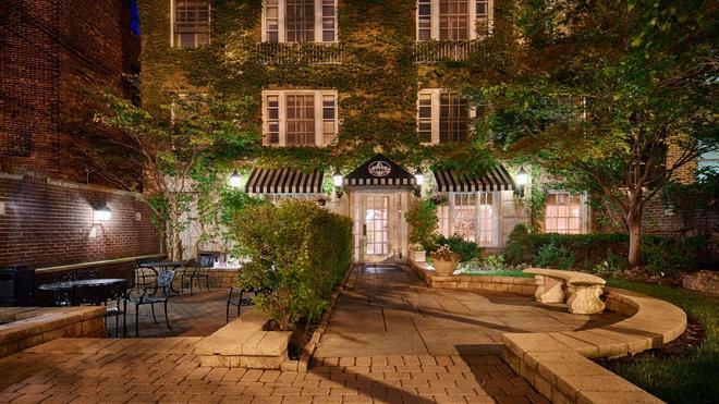 Best Western Plus Hawthorne Terrace Hotel - Chicago - Toà nhà
