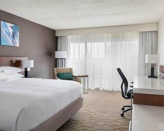 Delta Hotel by Marriott Racine - Racine - Bedroom