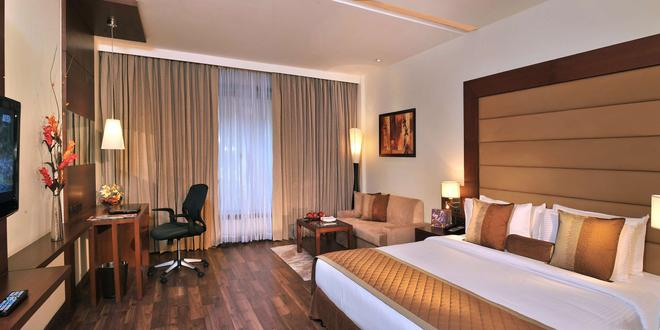 Country Inn & Suites By Radisson Gurgaon Sector 12 - Gurgaon - Bedroom