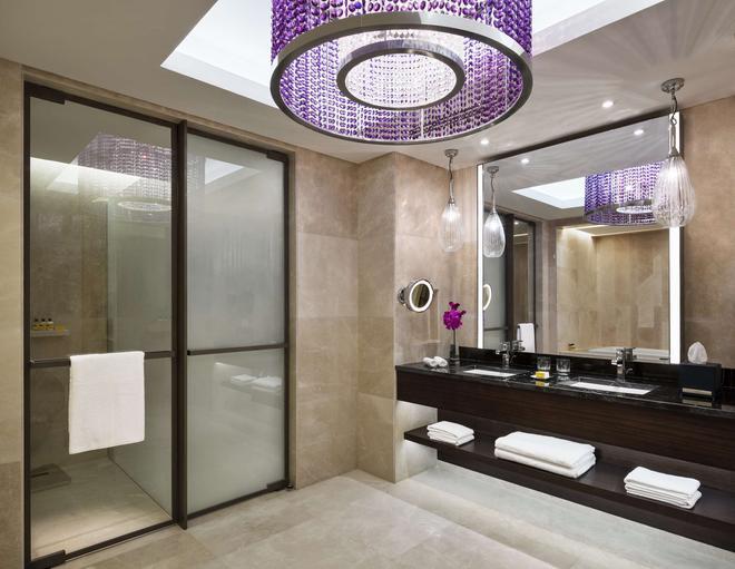 Hyatt Regency Riyadh-Olaya - Riyadh - Bathroom
