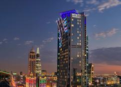 Hyatt Regency Riyadh-Olaya - Riyad - Gebouw