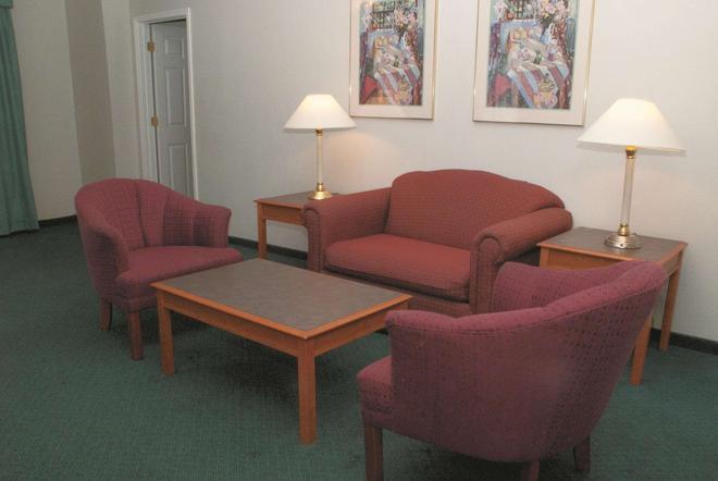 La Quinta Inn Austin University Area - Austin - Living room