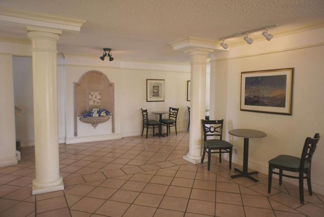 La Quinta Inn Austin University Area - Austin - Lobby