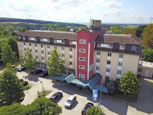 AMBER HOTEL Chemnitz Park - Chemnitz - Edificio