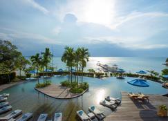 夢帝國度假村 - 巴淡 - 巴淡島 - 游泳池