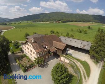 Hôtel-Gîte Rural à 3 km de Delémont - Delémont - Gebouw