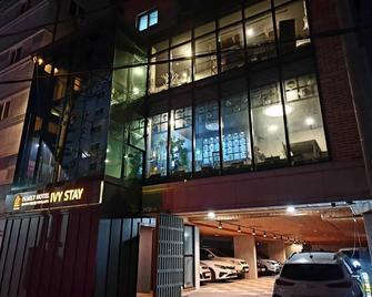 Ivy Stay Suwon - Suwon - Building
