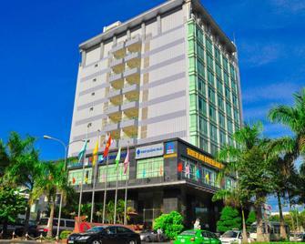 Thien An Riverside Hotel - Quang Ngai - Building