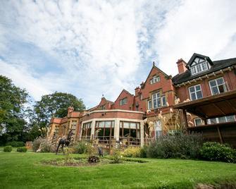 The Mount Hotel - Wolverhampton - Edificio