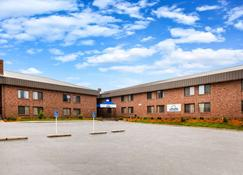 Days Inn Midland - Midland - Building