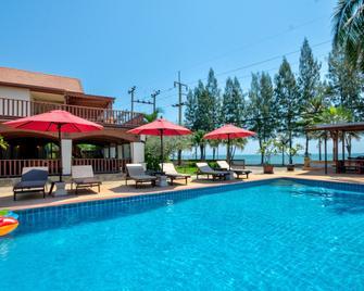 Palm Beach Resort - Pak Nam Pran - Pool