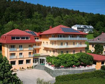 Hotel Restaurant Marko - Velden am Wörthersee - Building