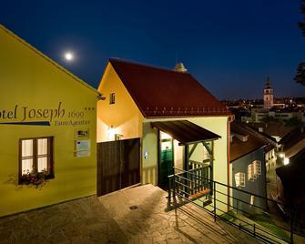 Hotel Joseph 1699 - Trebitsch-Stadt - Gebäude