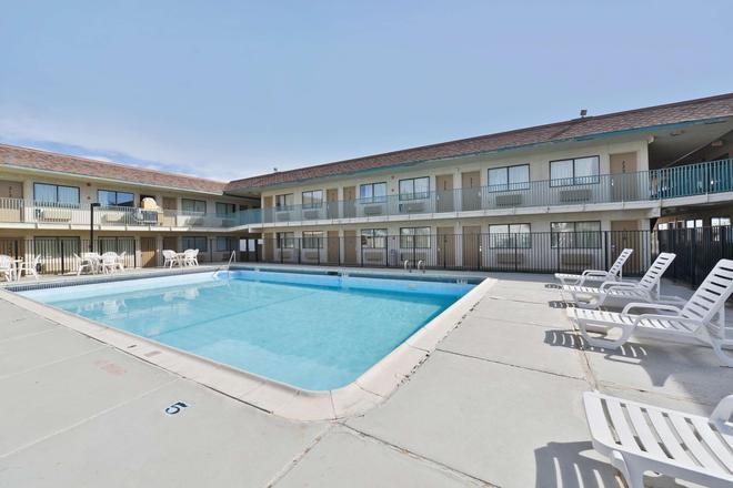 美洲最有價值酒店 - 阿馬里洛機場/格蘭街 - 阿馬里洛 - 阿馬里洛 - 游泳池