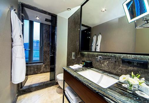 Arts Hotel Istanbul - Special Class - Istanbul - Bathroom