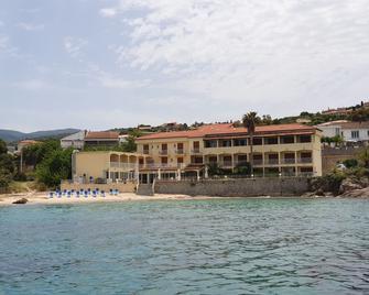 Hôtel U Paradisu - Porticcio - Building