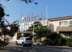 Best Western Plus Hotel La Marina - Saint-Raphaël - Edificio