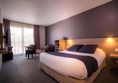 Best Western Plus Hotel La Marina - Saint-Raphaël - Makuuhuone