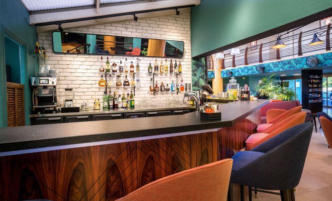 Best Western Plus Hotel La Marina - Saint-Raphaël - Baari