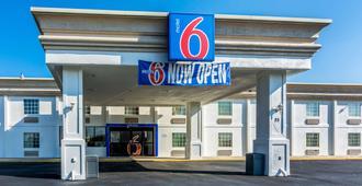 Motel 6 Fort Lee Petersburg, VA - Петербург - Здание