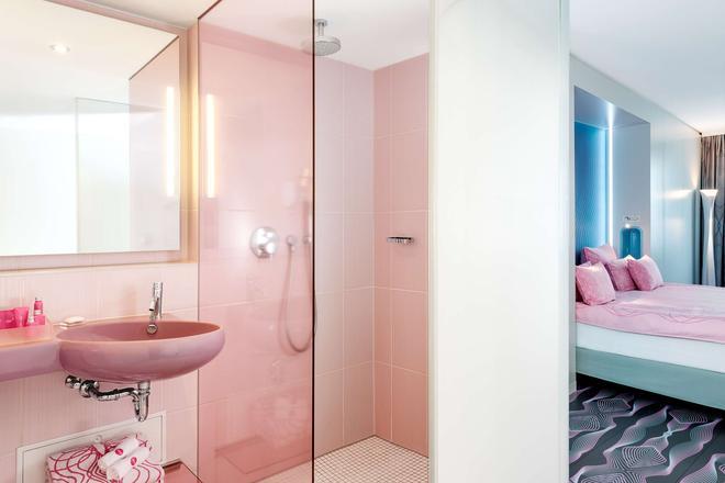 nhow 柏林酒店 - 柏林 - 柏林 - 浴室