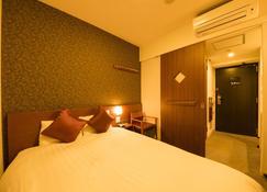 Dormy Inn Premium Wakayama Natural Hot Spring - Wakayama - Bedroom