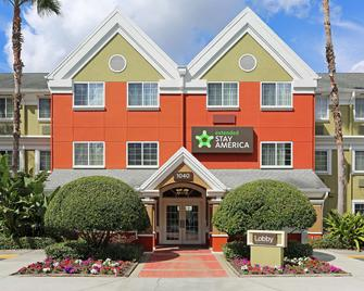 Extended Stay America -Orlando-Lake Mary-1040 Greenwood Blvd - Lake Mary - Edificio