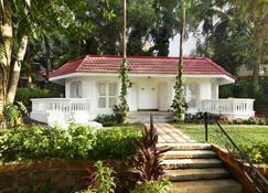 Taj Fort Aguada Resort & Spa, Goa - Candolim - Outdoor view