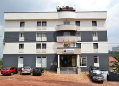 Congress Hotel - Yaoundé - Building
