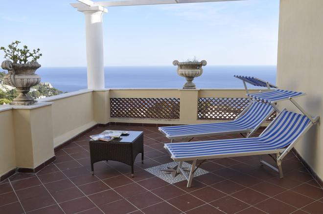 Esperia - Capri - Ban công
