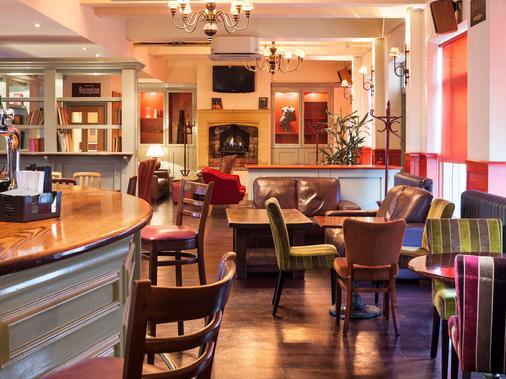 倫敦埃克塞爾宜必思尚品酒店 - 倫敦 - 酒吧