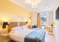 Best Western Hotel du Roy D'Aragon - Bonifacio - Bedroom