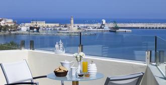 Kyma Suites Beach Hotel - Rétino - Balcón