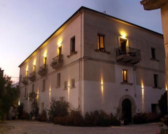 Hotel Castello dei Principi - Capaccio - Gebouw