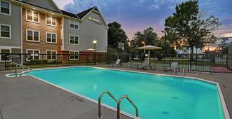 Residence Inn by Marriott Louisville Airport - Louisville - Piscina