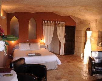 Troglododo - Schloss Azay-le-Rideau - Schlafzimmer