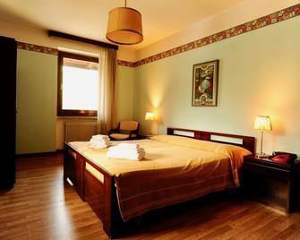 Locanda Antica Italia - Comano Terme - Bedroom