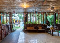 Zen Rooms Basic Iloilo Paraw Resort - Iloilo