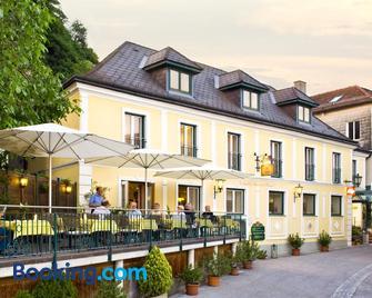 Landgasthof Zur schönen Wienerin - Marbach an der Donau - Building