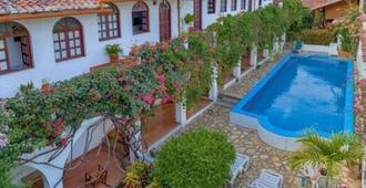 La Posada del Sol - Granada - Piscina