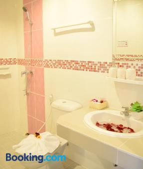 Pkl Residence - Bãi biển Patong - Phòng tắm