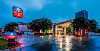 SureStay Plus Hotel by Best Western San Antonio Airport - San Antonio - Byggnad