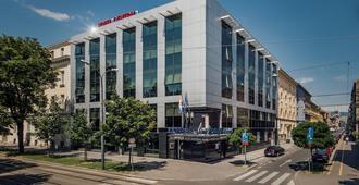 Hotel Central - זאגרב - בניין