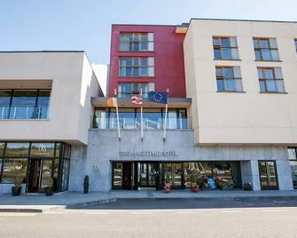 The Maritime Hotel - Bantry - Gebouw