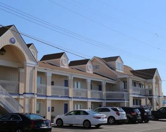 The White Sands Oceanfront Resort & Spa - Point Pleasant Beach - Building