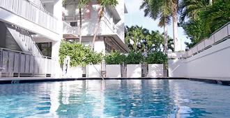 Greenview Hotel - Miami Beach - Piscina